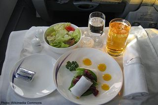 Flightfood_wikimedia_relax